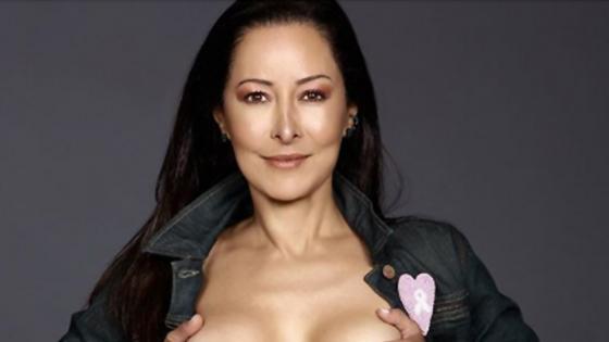 Flavia Dos Santos publicó una foto sin brasier para concientizar a las mujeres sobre el cáncer de mama