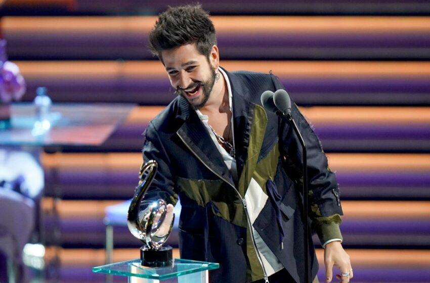 Artistas de La Popular stereo tv brillaron en la gala de Premios Lo Nuestro 2021 y se llevaron varios galardones